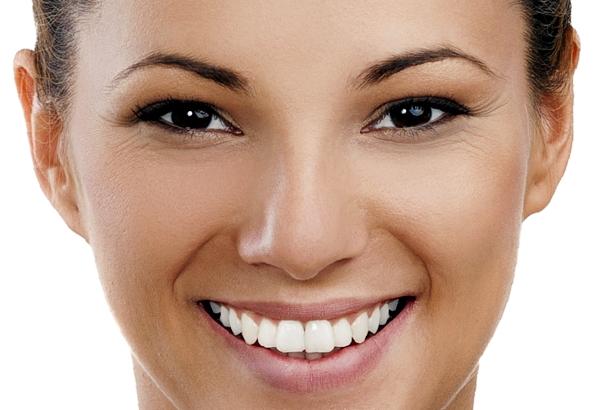 Bleaching - effektiver Weg zur weißen Zähnen