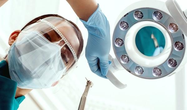 Zahnbehandlung ohne Bohren
